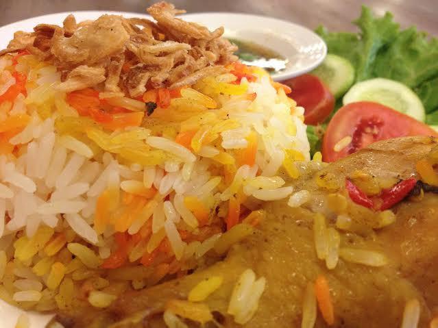 ข้าวหมกไก่ ร้านอาหารมุสลิม ในกรุงเทพฯ ย่านถนนพระราม 9